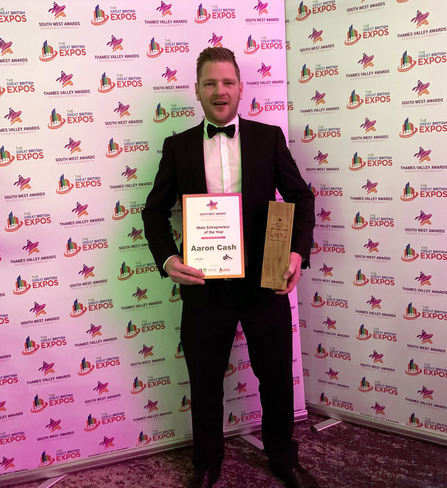 Finish Electrical Director, Aaron Cash,  wins Male Entrepreneur of the Year